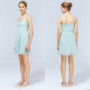 Aritzia Talula Sweetheart Neckline Lace Dress Sz 4